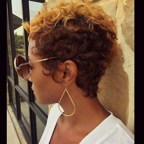 short curly hair with brown ombre