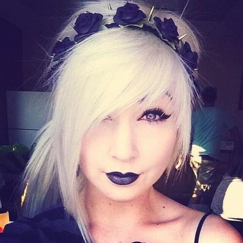 emo hairstyle bangs
