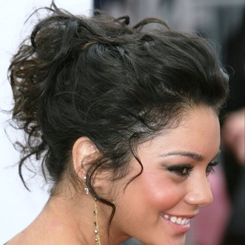 Loose Curly Bun