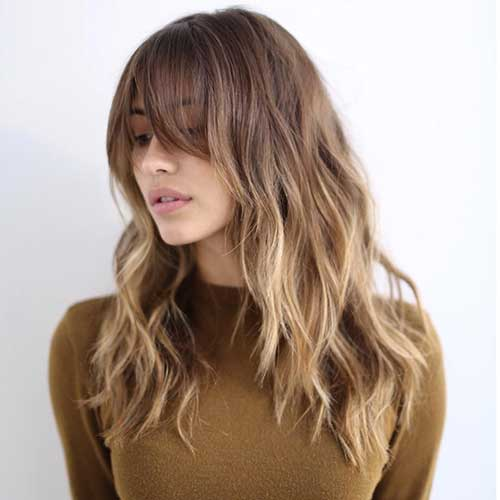 easy-Haircut-for-Wavy-Hair