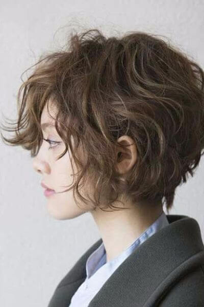 Short Curly Hair With Bangs And Layers 64