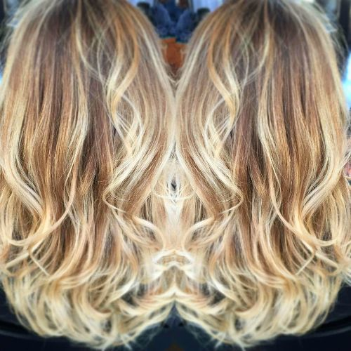 blonde balayage for wavy hair