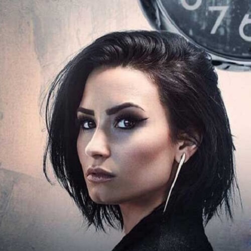 demi lovato short black hair