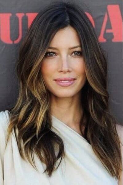 Discreet Sombre Hairstyle for Dark Hair