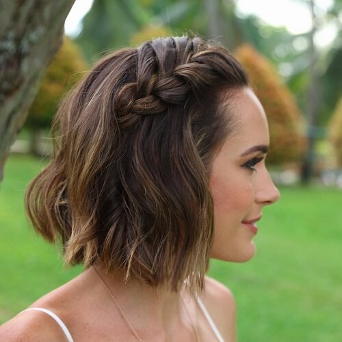 short haircut with loose side french braid
