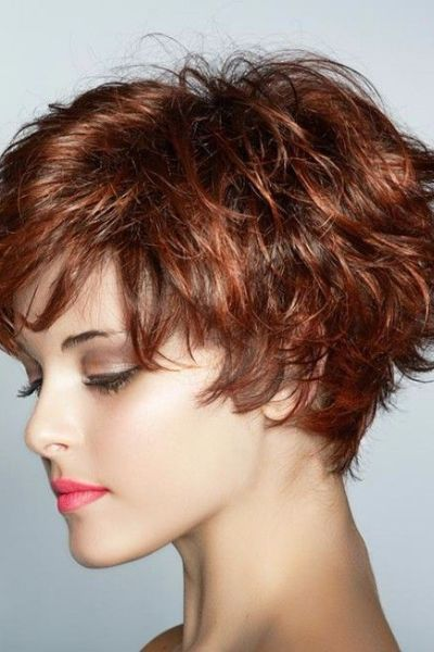 Messy Choppy Short Hairstyle for Thin Hair