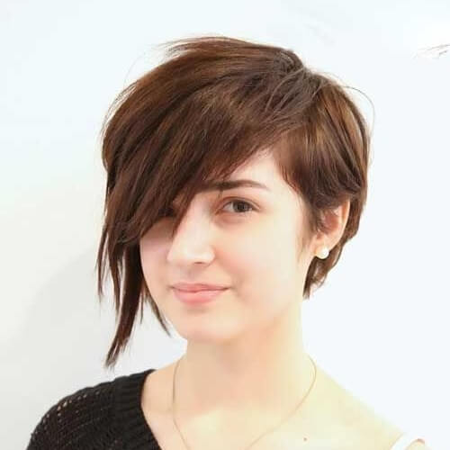 Asymmetrical Pixie Cut for Round Face