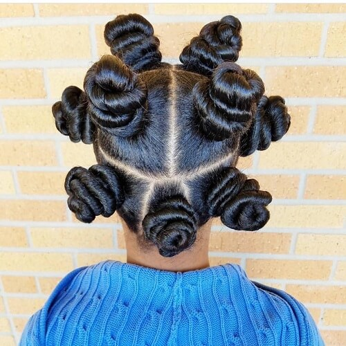 Hairstyle with Bantu Knots