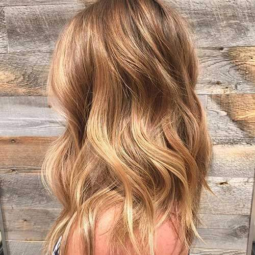 honey blonde hair