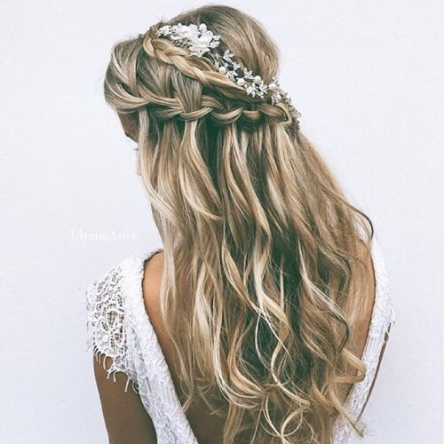 Wavy Wedding Hairstyle