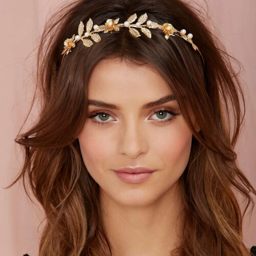 Need Bridal Hair Inspiration We Have You Covered: 50 Terrific Ways To Wear Shoulder Length Hairstyles