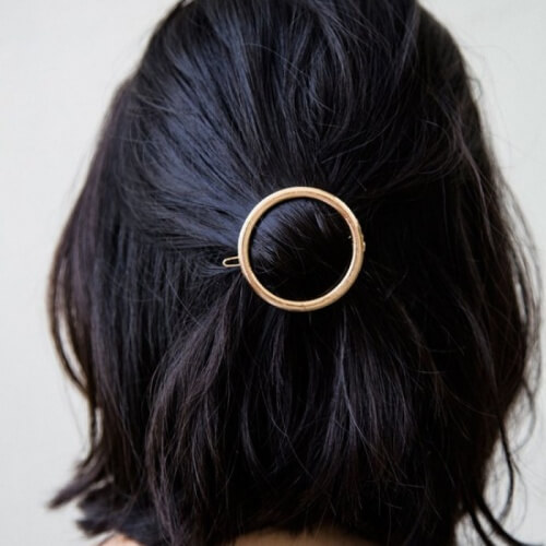 Hairstyles Shoulder Length with Accessories
