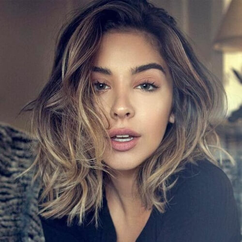 Messy Shoulder Length Hairstyles for Women
