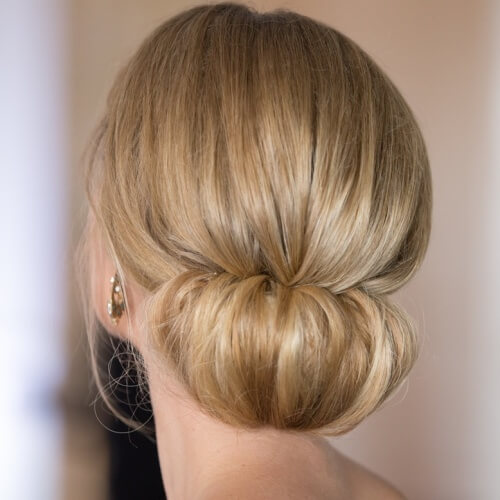 50 sublime chignon hairstyles hair motive hair motive. Black Bedroom Furniture Sets. Home Design Ideas