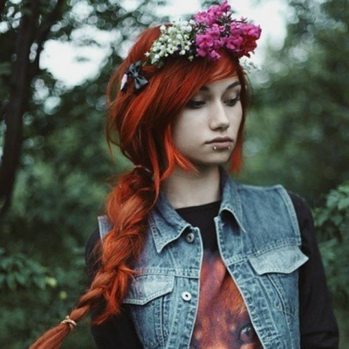 Cute Emo Hairstyles for Girls with Flowers