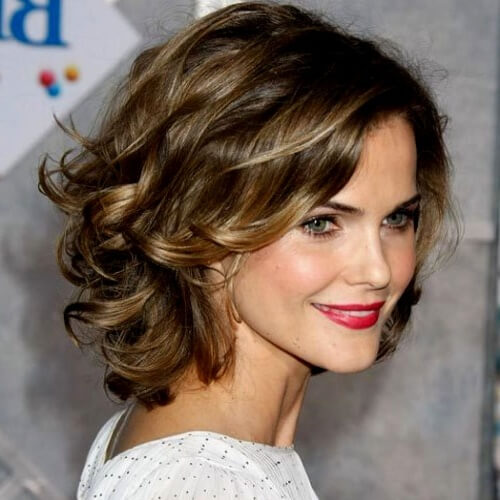 Wavy Hairstyles for Women over 40
