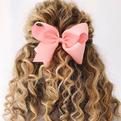 Bow Hairstyle for Curls