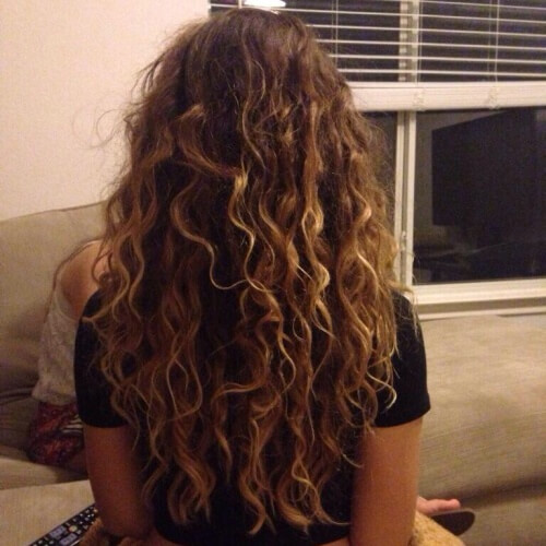 Long Curly Hairstyles with Natural Highlights