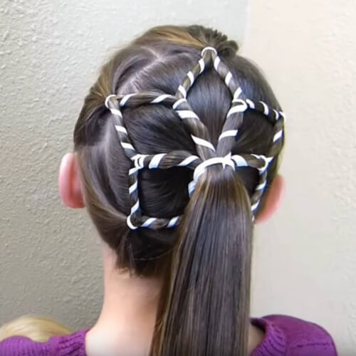 Star-shaped Ponytails