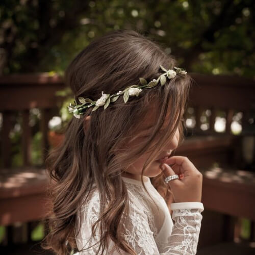beach waves flower girl hairstyles