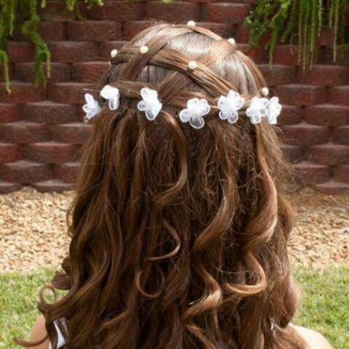 crisscross flower girl hairstyles