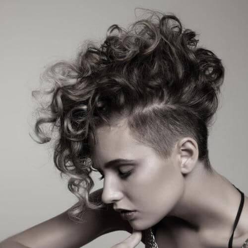 Exquisite curly mohawk