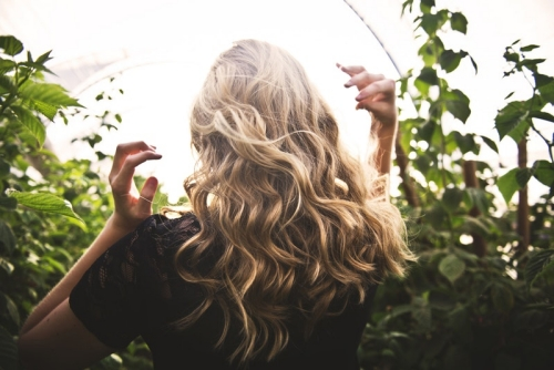 blonde balayage hair in nature
