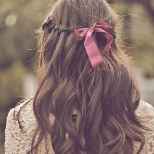 ribbon waterfall braid with curls