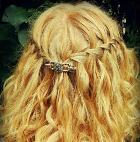 sweet waterfall braid with curls