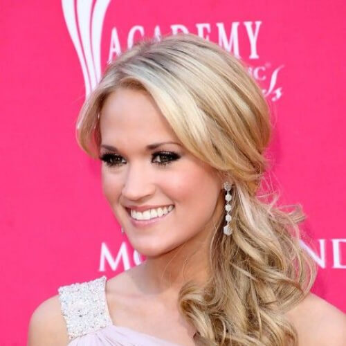 Carrie Underwood Loose Ponytail Hair Style for Long Hair hairstyles for wedding guest