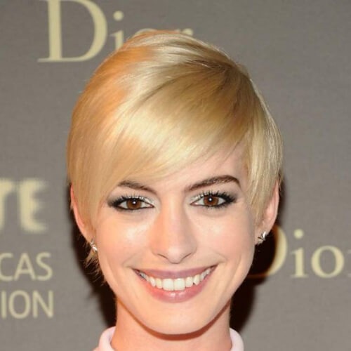 Anne Hathaway short straight hairstyles