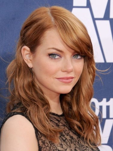 Emma Stone Haircut with Sleek Side Tuck