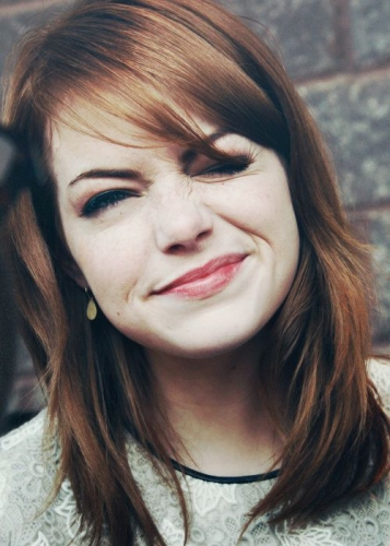Soft & Shoulder Length Emma Stone Haircut