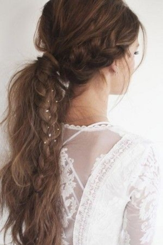 bohemian style ponytail