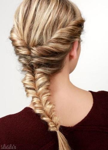 topsy fishtail braid