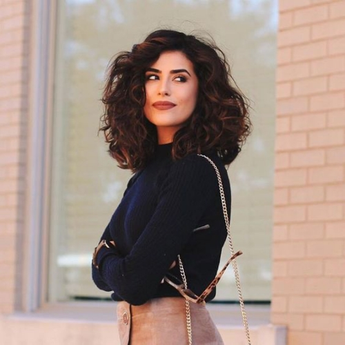 The Wavy Curly Shoulder-Length Bob